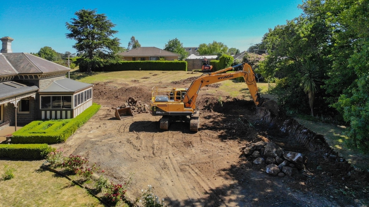 Big-Land Excavation and Earthmoving Servicing Central Victoria
